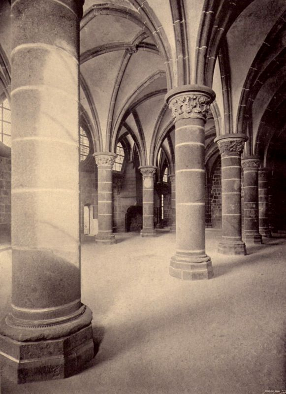 Salle Des Chevaliers Le Mont Saint Michel En Photographie