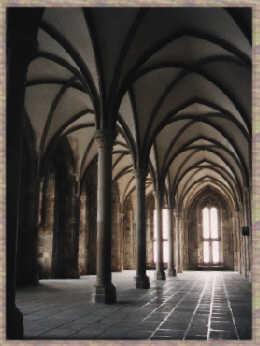 http://www.le-mont-saint-michel.org/phmgtroi.jpeg